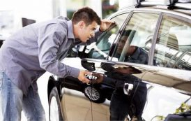 تاکید گمرک بر دریافت مالیات ارزش افزوده خودروهای وارداتی