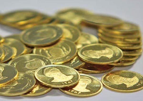 آغاز تحویل سکه های پیش فروش ۳ ماهه/ از گرفتن مالیات خبری نیست